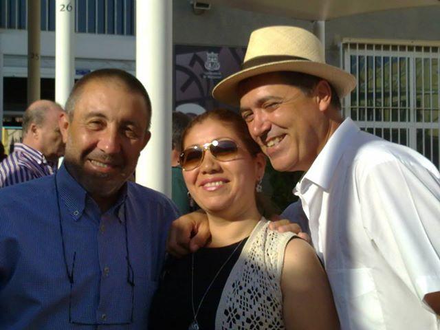 Con Regina Tulmo, productora,  y Javier Alberola, periodista, ambos de Canal 9.