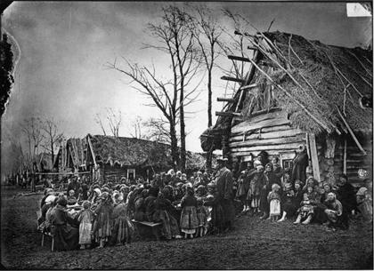 Un poblado ruso en el siglo XIX Ilustración tomada de http://teo-teoblog.blogspot.com.es