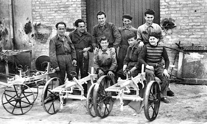 La familia Rinieri, fabricantes de tractores italianos. tomada de su página web.