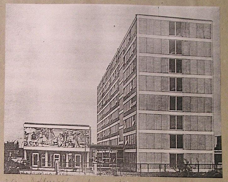 Boceto del edificio de , del archivo de Flierl.
