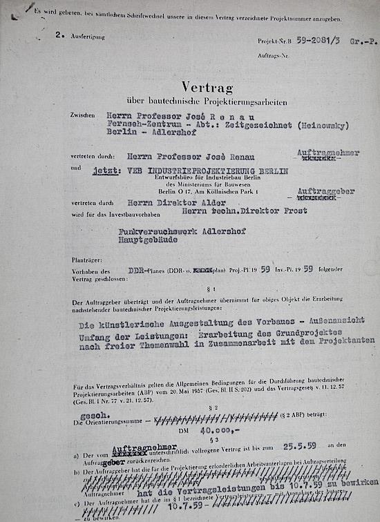 El primer contrato de Renau en la RDA. Foto Fundació Josep Renau