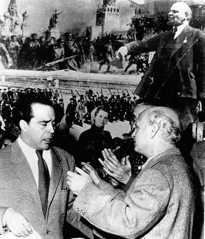 Renau en la URSS en los años 60. Quince años después, sigue siendo prosoviético, pero ha soltado amarras de la función polítical del arte