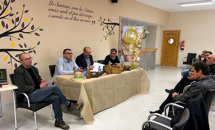De izquierda a derecha, Rafael Laborda, de la UPV, Raúl Moral, de la U Miguel Hernández,  Josep Femenia, alcalde de Benitaxell y Sergio Palencia, de la UPV