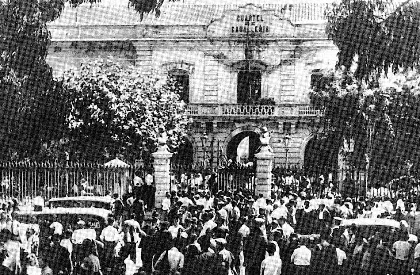 Asedio al Cuartel de Caballería de Valencia el 20 de julio de 1936. Imagen tomada de http://gefrema80.blogspot.com.es/2016/07/20-de-julio.html