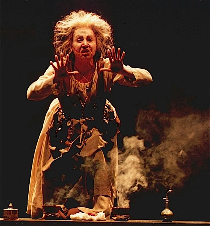 Antonia en el personaje de Celestina.