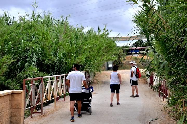 El Camino Colorao al atravesar el río Pudio.