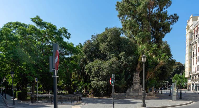 La Montanyeta de la Glorieta, vista desde la plaza de Tetuán.